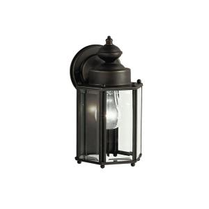 New Street Series 05 Outdoor - 1 light Outdoor Wall Bracket - with Traditional inspirations - 10 inches tall by 5.75 inches wide